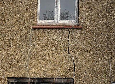 Severe Crack Wall